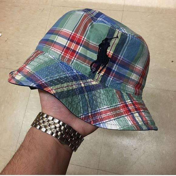 4d06aa436ac VINTAGE POLO RALPH LAUREN REVERSIBLE BUCKET HAT. M 5b0446d772ea8809062d4596